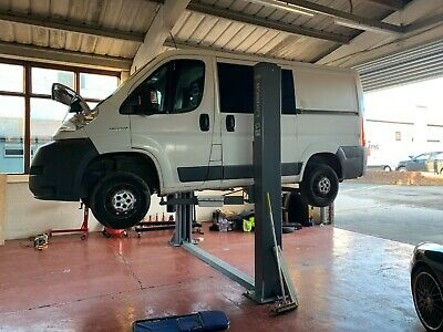 GOLO Launch 4000Kg 2 Post Car Lift, Ramp. Single Phase. Poss Delivery. • 801£