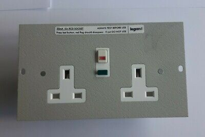 Legrand Electrak CR036 2 Gang RCD Floor Box Unswitched Socket Outlet (NEW) • 10.99£