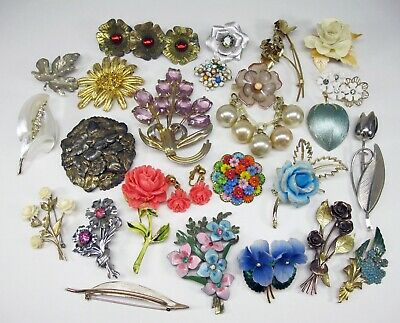 $ CDN7.88 • Buy Vintage Unsigned Flower & Leaf Pins Brooches Lot - Celluloid Metal Rhinestone