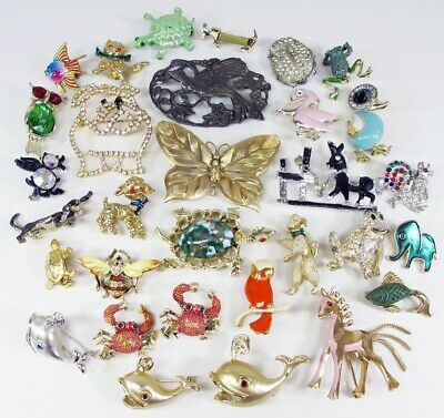 $ CDN10.53 • Buy Vintage Unsigned Animal Figural Brooches Lot - Whale Horse Bird Turtle Dog Owl