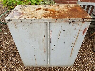 Vintage Bisley Outdoor Or Garage Metal Cupboard Storage Cabinet • 20£