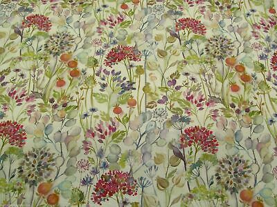 Voyage Hedgerow - Cream Cotton Print Fabric **PER METRE** • 22.95£
