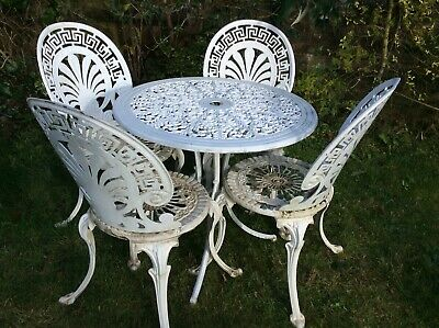 Vintage Cast Aluminium Table And Chairs • 275£