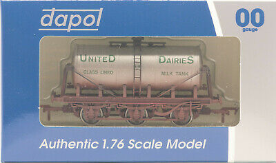 DAPOL 4F-031-028 - 6 Wheel Milk Tank - SR United Dairies (Weathered) [NEW] • 16.50£