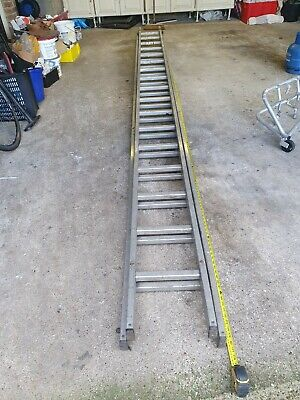 Used YOUNG MAN Aluminium Double Extension Ladders  • 19.50£