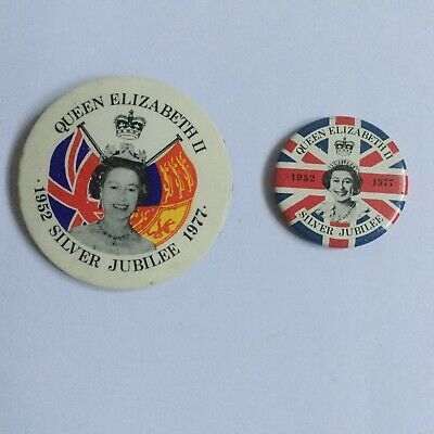 2 Queen's Silver Jubilee Badges (1977) • 0.99£