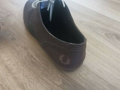 Fred Perry Shoes Size 8 • 2.22£