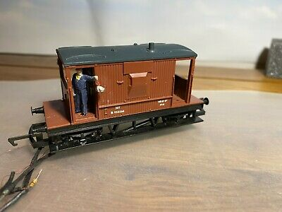 00 Gauge Brake Van With Part Completed Lighting  • 7.50£
