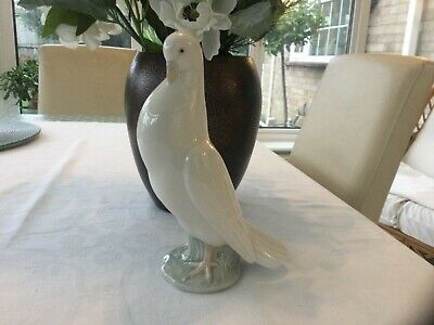 Rare Nao Lladro  White Dove Of Peace • 5.99£