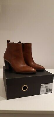 Dune Black.  Tan Leather  Ankle Boots Size 3. • 14£