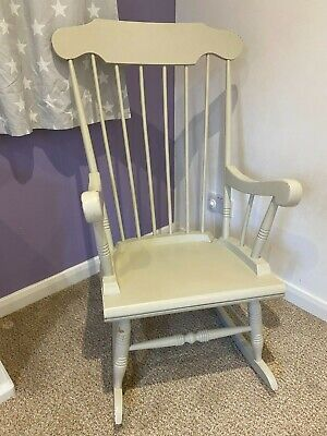 Beautiful Wooden Rocking Chair, Perfect For An Upcycling Project/baby Nursery. • 7.40£