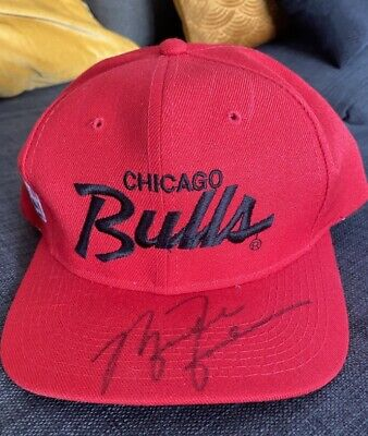 AU773.70 • Buy Michael Jordan VINTAGE Hand-Signed Autographed Red Chicago Bulls Cap - No Coa