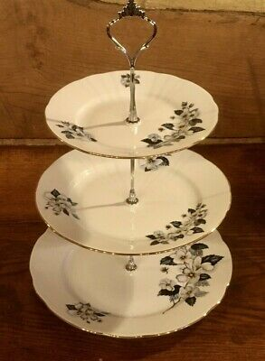 Three Tier Vintage Cake Stand White With Blue Flowers • 18£