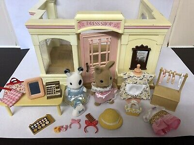 Sylvanian Family Dress Shop - With Figures And Accessories Incomplete Set • 24.99£