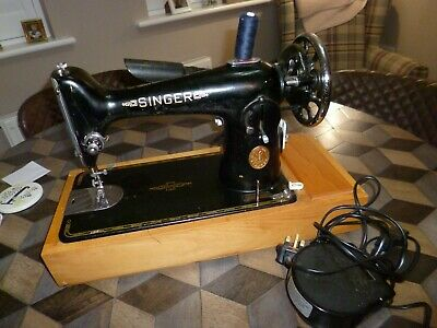 Semi-Industrial Singer Electric Sewing Machine Portable With Case • 50£