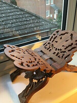 Carved Wooden Book Stand • 4.99£