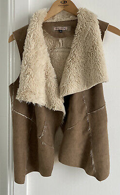 AU15 • Buy Bershka Outerwear Women's Suede Beige Open Front Sleeveless Jacket Size Medium