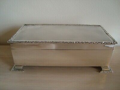Large Antique 1932 Sterling Silver Engine Turned Cigarette Box With Foliate Edge • 92£