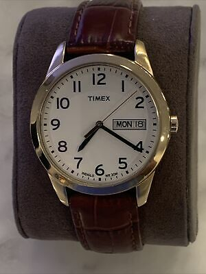 Timex Men's Easy Reader Day/Date Indiglo Leather Strap Watch - New Battery! • 12.15£