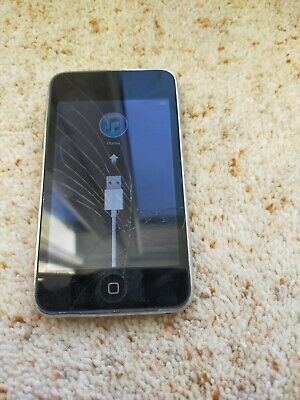 Black IPod Touch 2nd Generation 8gb - Screen Cracked - • 9.99£