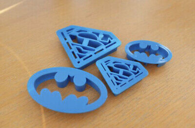 Superman & Batman Cookie / Fondant Cutter Set • 3.70£