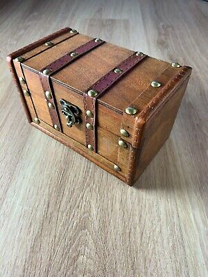 Small Wooden Treasure Chest Style Box - Storage, Trinkets, Coins, Keys, Jewelry • 9.99£