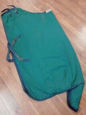 £10 • Buy 6'0 Lightweight Green Horse Stable Rug   (used)