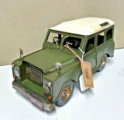 Retro Tin Plate Land Rover Model • 29£