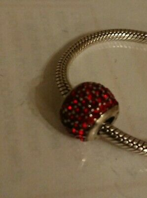 £20 • Buy Amore Baci Charm In Red