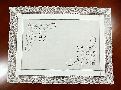 Vintage Linen White Embroidered Small Table Cloth Centre Mat Lace Edge • 6£