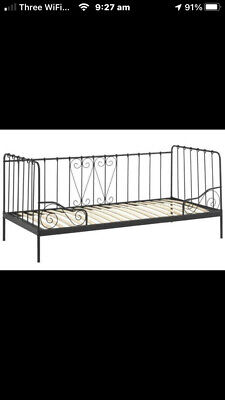 Ikea Single Day Bed • 45£