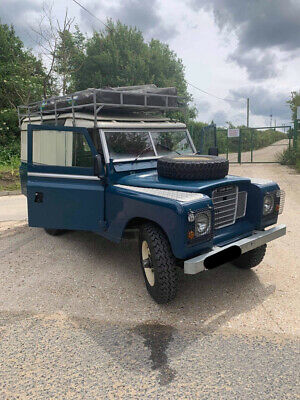 1972 Land Rover Series 3 With Howling Moon 4 Man Roof Tent • 19,500£