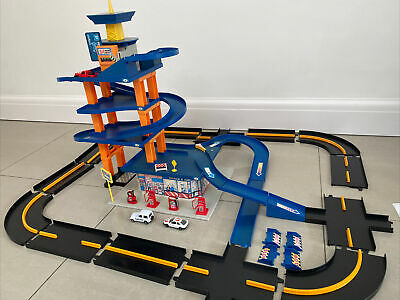 £19.99 • Buy Chad Valley Parking Garage With 3 Vehicles -!in Used Condition