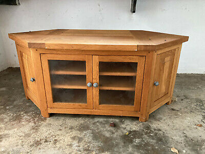 Oiled Solid Oak Corner Tv Cabinet With 2 X Shelves. Glass Doors And DVD Storage • 99£