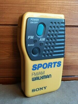 SONY Sports Walkman SRF 8 FM/AM Radio + Belt Clip Tested/Working VINTAGE • 4£