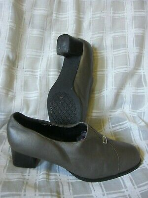 Clarks Ladies Leather Comfort Plus Shoes. Size 4.5 Pewter. • 4.99£