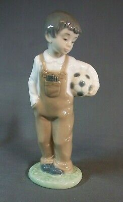 Nao Figure Wanna Play - Boy With Football 7 1/4  Tall  • 1.70£