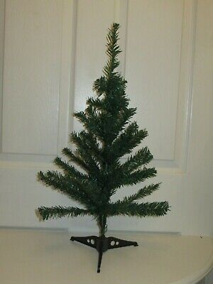 Small Green Table Top Artificial Christmas Tree, 60cm High • 3£