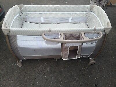 ICoo Travel Cot Bed • 25£
