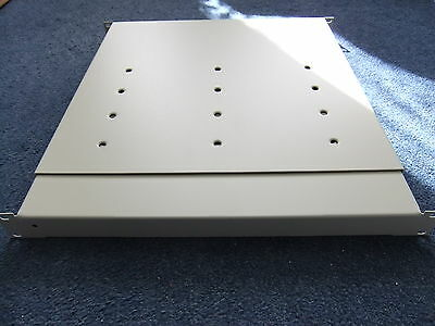 Expandable Rack Mounted Shelf NO,S 600 X 760mm To Suit 19  Cabinet.; • 30£