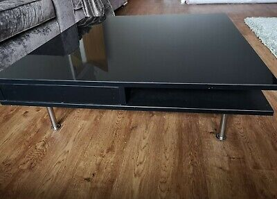 Black Gloss Coffee Table With Chrome Legs • 29£