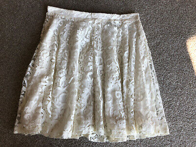 £3.99 • Buy H&M Floral Patterned Lace Cream White Skater Skirt Size S