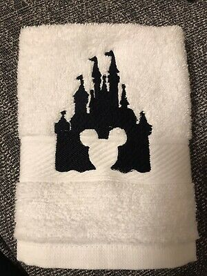 £5.99 • Buy Face Cloth With Disney Mickey Mouse Castle Emblem