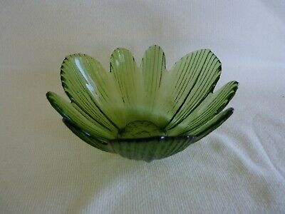 £1.60 • Buy Green Cabbage Leaf Bowl