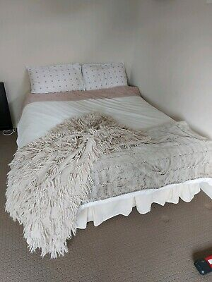 AU42 • Buy Double Bed Ensemble / Base And Matrice