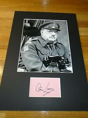£130 • Buy Arthur Lowe Dads Army Genuine Signed Authentic  Autograph - UACC / AFTAL.