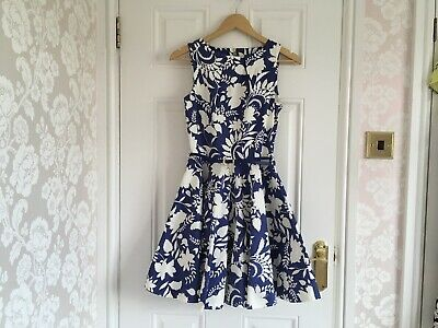 Closet Size 10 -8 White Blue Floral Dress With Pockets 1950s Full Circle Style • 2.20£