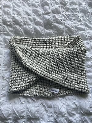 Calvin Klein Snood • 9.99£