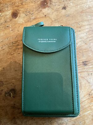 £5 • Buy Forever Young Purse Phone Holder Green