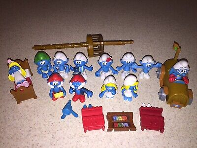 £14.60 • Buy LOT OF 19 SMURFS PVC 12 FIGURES 1 Car 1 Bed 5 Other Pieces PEYO CHINA 19 Total